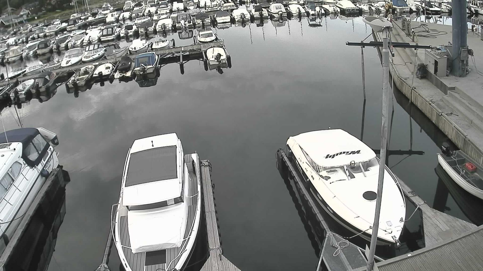 Webcam Søndre Fuglevik: Rygge − Fuglevik båthavn bensinbr