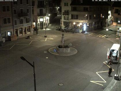 Monthey: Central Square