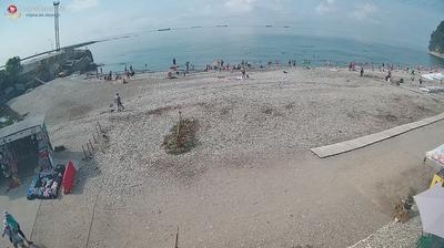 Туапсе - Краснодарский край, Россия: Дикий пляж город Туапсе