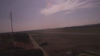 Vue webcam de jour à partir de Curicó › North: General Freire Airfield − Maule