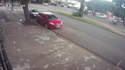 Webcam Maringá: Focco − Av − 1534, Zona 03 Maringa-PR (44