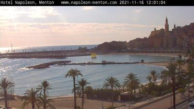 Daylight webcam view from Menton: Cote d'Azur − Napoleon Beach