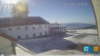 Vue webcam de jour à partir de Serra da Estrela › North East: Estância de Ski Serra da Estrela − Mountain Whisper