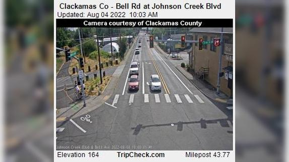 Webcam Battin: Clackamas Co − Bell Rd at Johnson Creek Bl