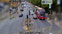 London: A Forty Av/Bridge Rd - Overdag