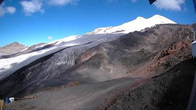 Webcam Терскол: Elbrus − Station Mir − Эльбрус