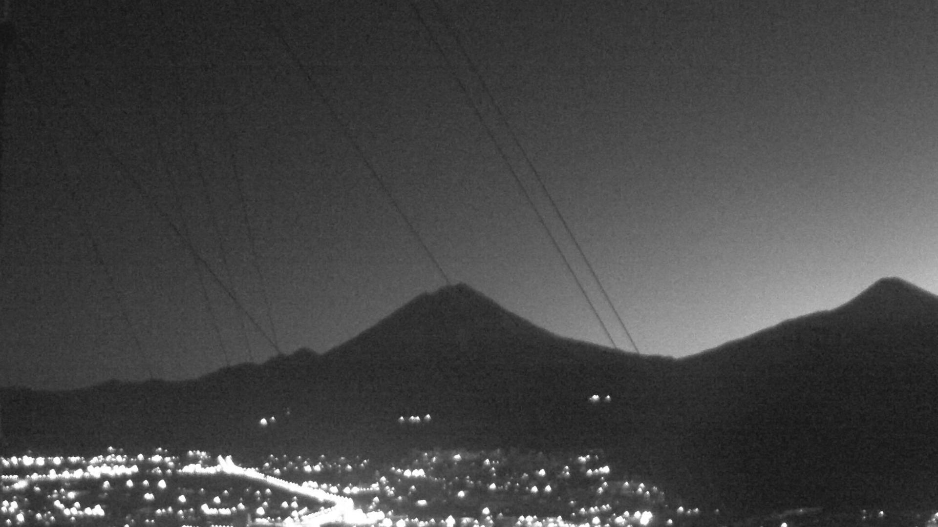 Webcam Vysokiy: Koryaksky volcano, Petropavlovsk-Kamchats