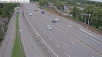 Ostermalms stadsdelsomrade: Ekhagen (Kameran är placerad på Roslagsvägen (E.) mellan Ålkistan och trafikplats Ekhagen och är riktad mot Stockholm - Current