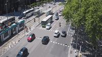 Barcelona: Diagonal at Francesc Macià (looking to outbound West - cars entering into BCN) - Dia