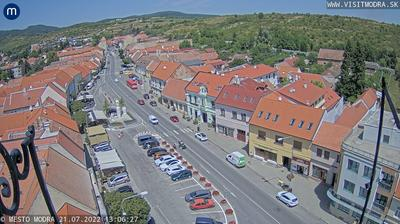 Vista de cámara web de luz diurna desde Modra