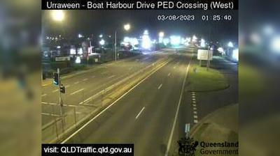 Aktuelle oder letzte ansicht von Hervey Bay: Boat harbour Drive Pedestrian Crossing − Urraween (looking west)