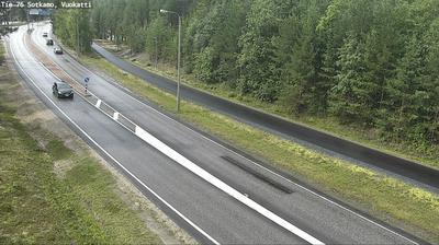 Vista de cámara web de luz diurna desde Sotkamo: Tie 76 − Vuokatti − Kajaaniin