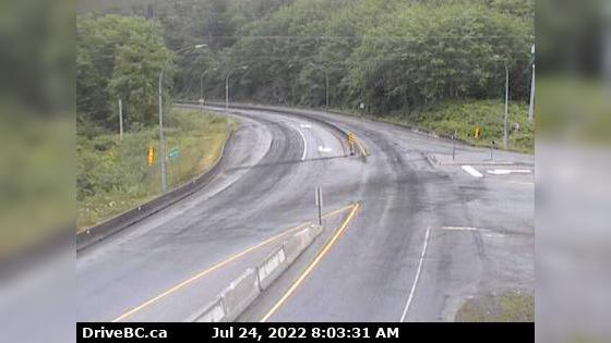 Webcam Port Edward › East: Hwy 16 at − arterial road, loo