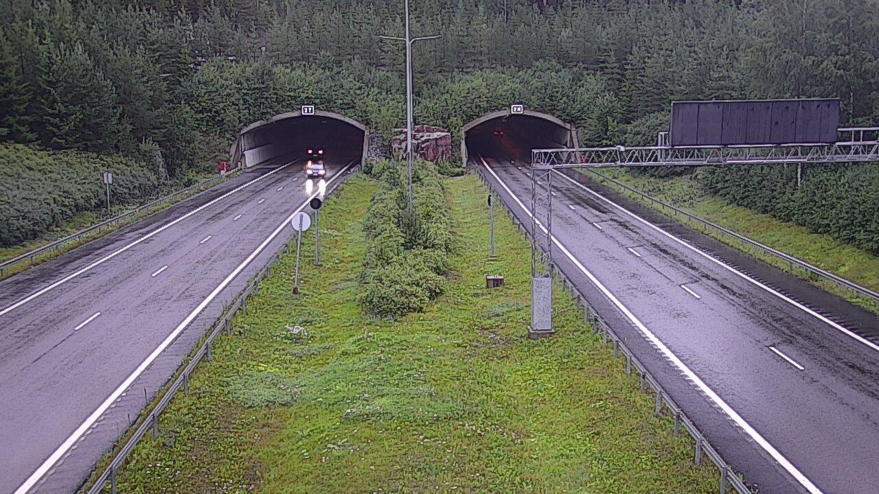 Webcam Salo: Tie 1 − Isokylän tunneli, länsip