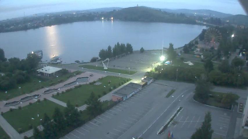 Webcam Нижний Тагил: Pervomayskaya ul., 19