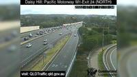 River Glen Village: Daisy Hill - Pacific Motorway M - Exit  (North) - Day time