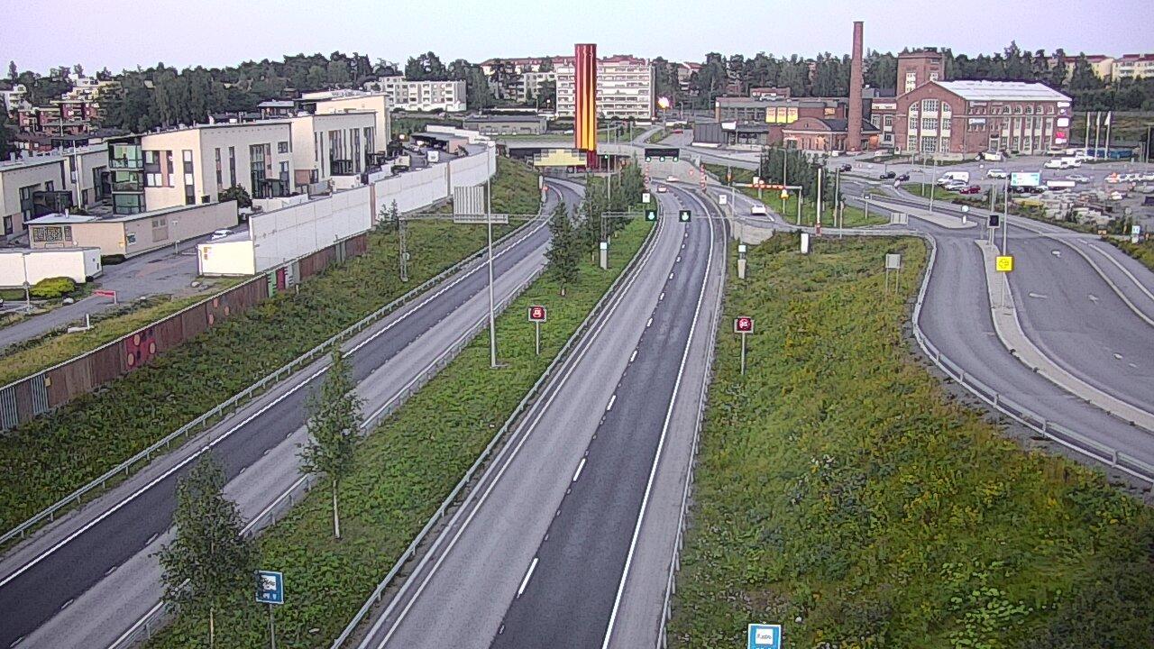 Webcam Tampere: Tie 12 − Tikkutehdas