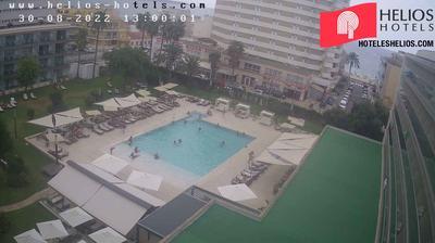 Tageslicht webcam ansicht von Can Pastilla: Hotel Helios − garden pool webcam