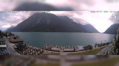 Daylight webcam view from Pertisau: Entners am See − Achensee