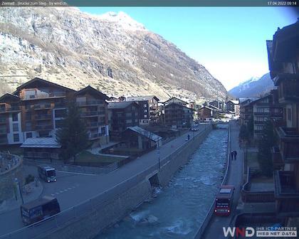 Zermatt: Brücke zum Steg