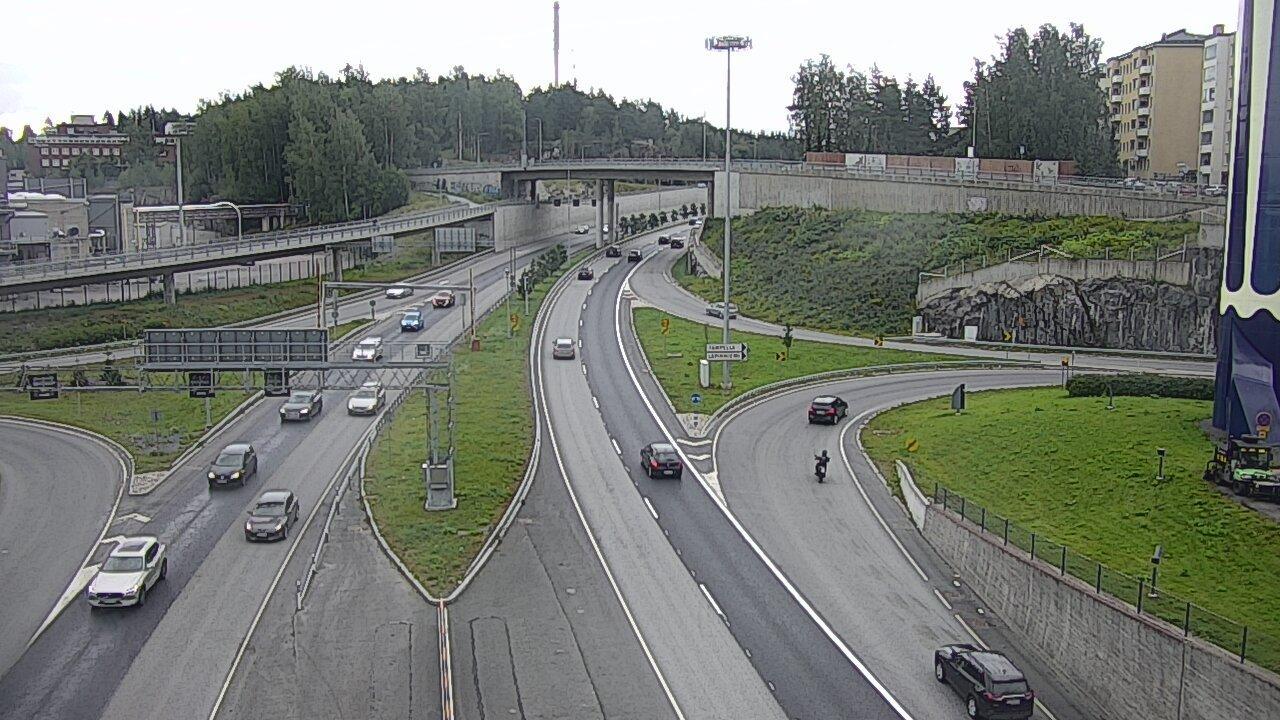 Webcam Tampere: Tie 12 − Rantatunneli Falls − Armonkallio