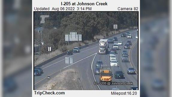 Webcam Battin: I-205 at Johnson Creek
