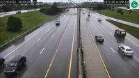 East Columbus: I- EB at MM ., Airport Dr/International Gateway - Day time