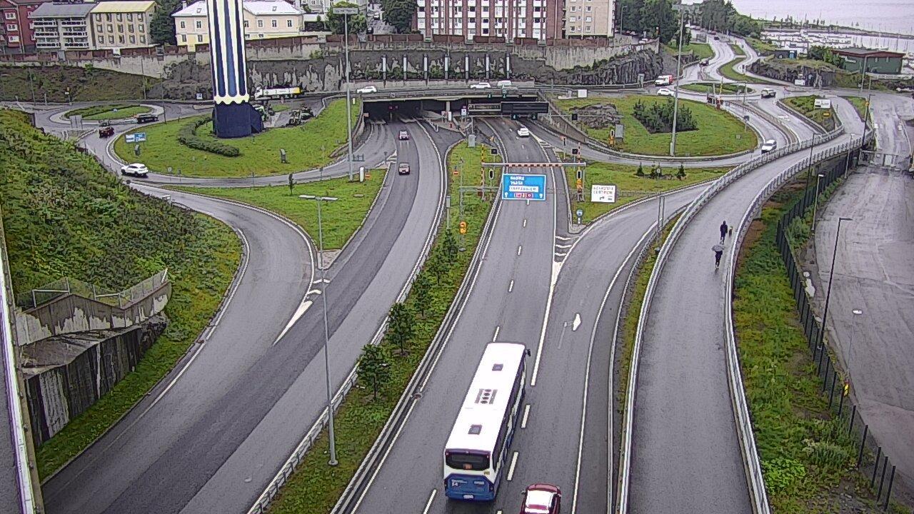 Webcam Tampere: Tie 12 − Rauhaniemi − Rantatunnelin suu,