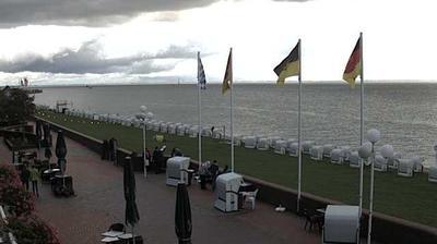 Daylight webcam view from Wilhelmshaven: Südstrandpromenade
