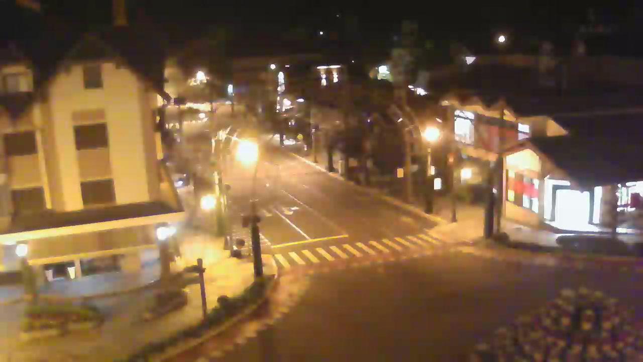 Webcam Gramado: Avenida Borges de Medeiros esq. Avenida d
