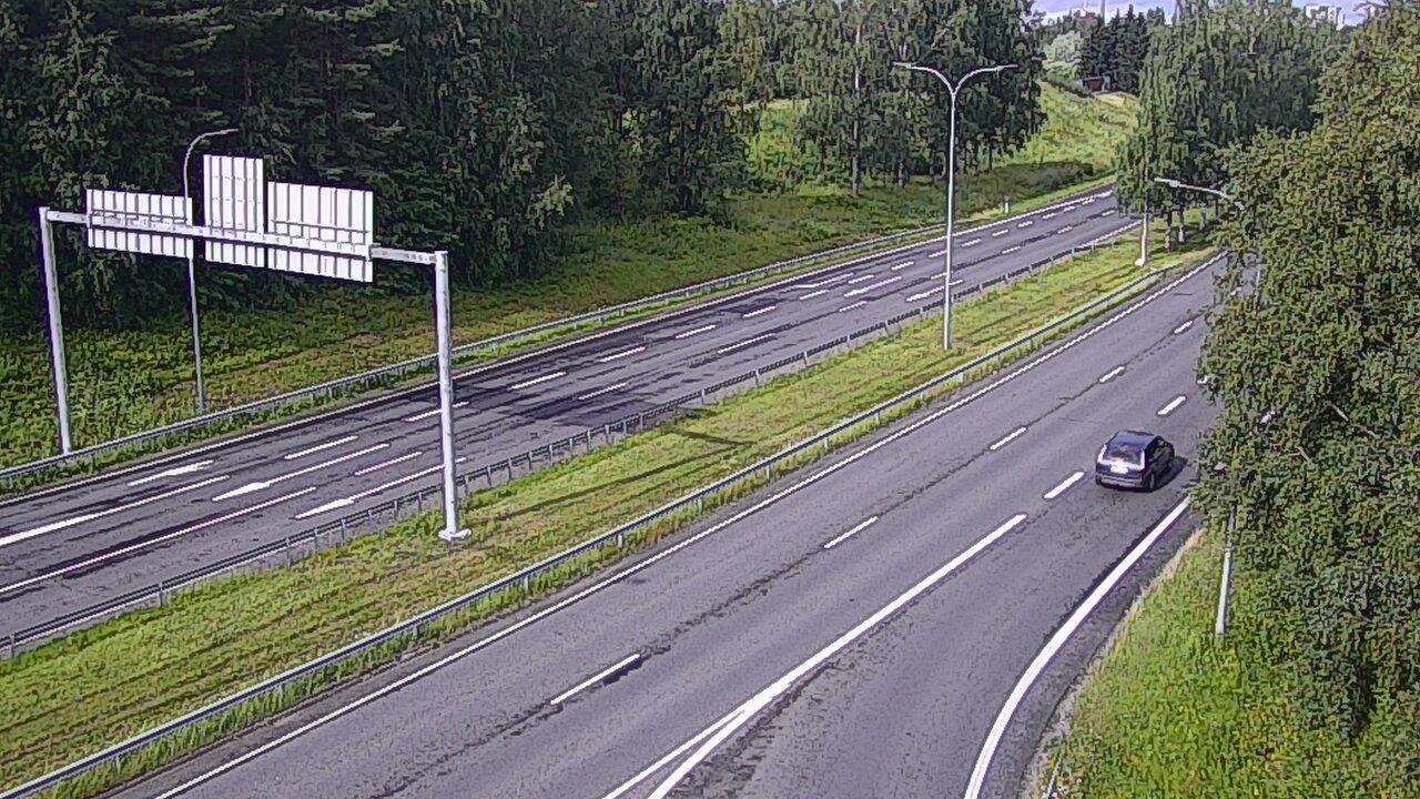 Webcam Oulu: Tie 22 − Raksila