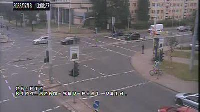 Daylight webcam view from Vilnius: Savanorių pr. − Žemaitės g. sankryža