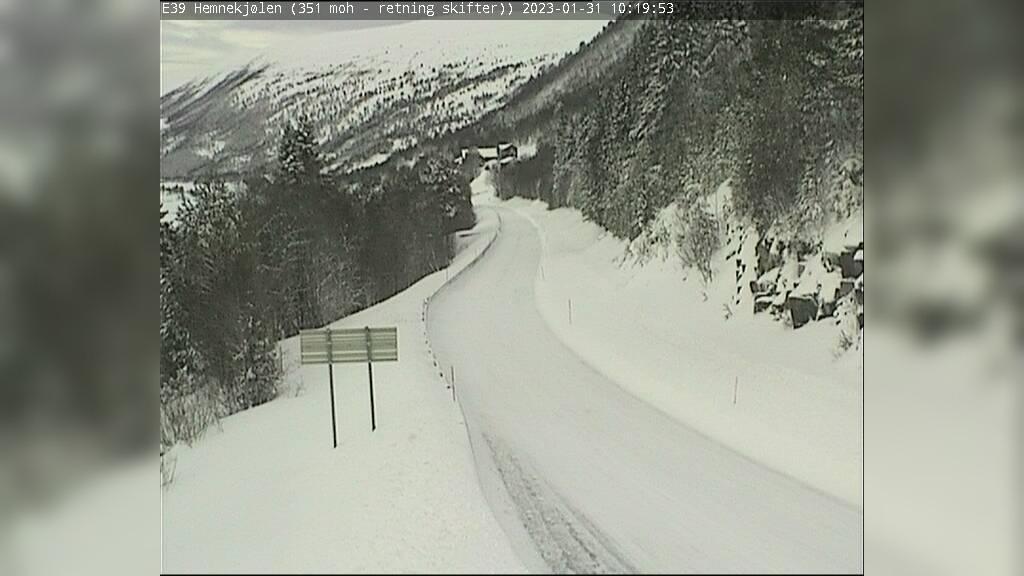 Webcam Slupphaugen: E39 Hemnekjølen (Ved Ellingsgården)