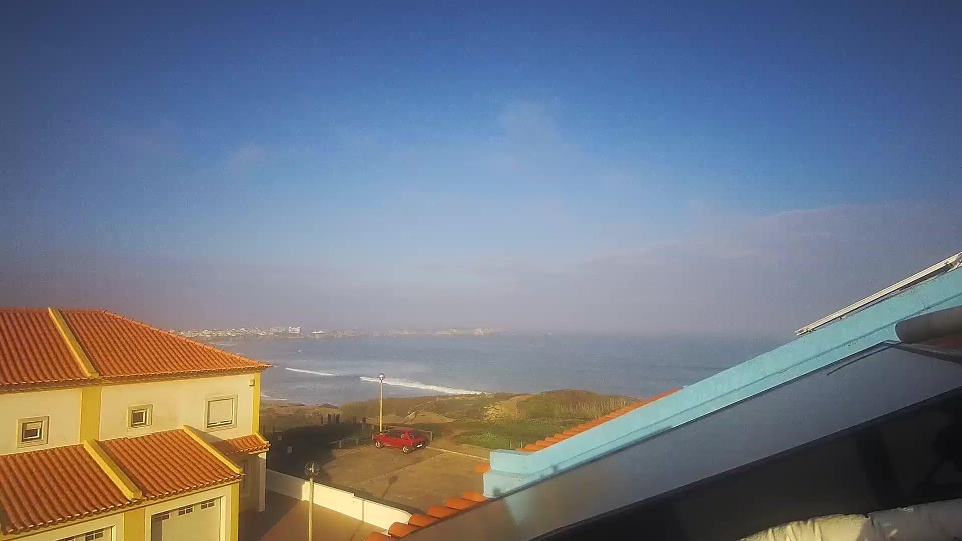 Webcam Baleal › West: Peniche Surf Camp