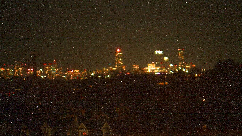 Webcam Waltham › East: Prudential Tower − John Hancock To