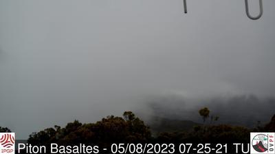 Vue webcam de jour à partir de Sainte Rose: Piton de la Fournaise