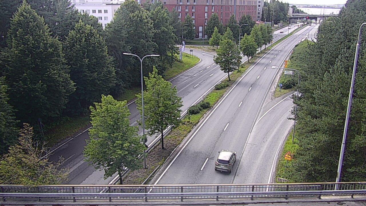 Webcam Tampere: Tie 12 − Kalevan puistotie − Petsamo