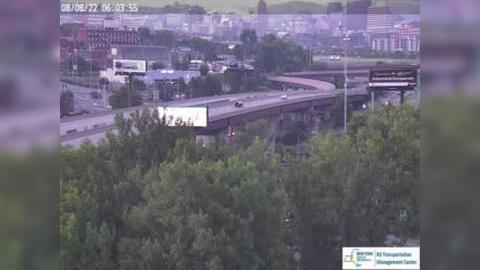 Traffic Cam Liverpool › South: I- north of Exit