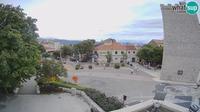 Ledenice: Novi Vinodolski - main square - Day time
