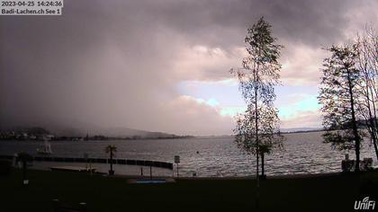 Lachen › Süd-West: Seebad - Strandbad - Sicht auf den Zürichsee