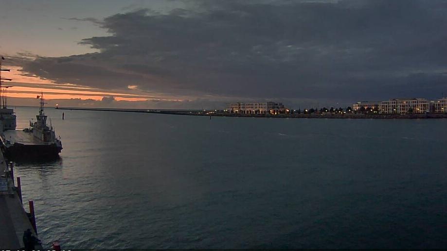 Webcam Warnemünde: Kreuzfahrtterminal
