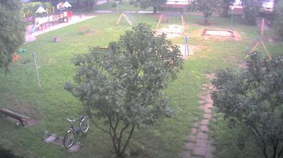 Webcam Dzierżoniów: Osiedle Jasne 4, plac zabaw