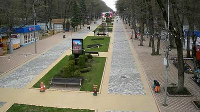 Русская Мамайка: Веб-камера на входе в Парк Победы