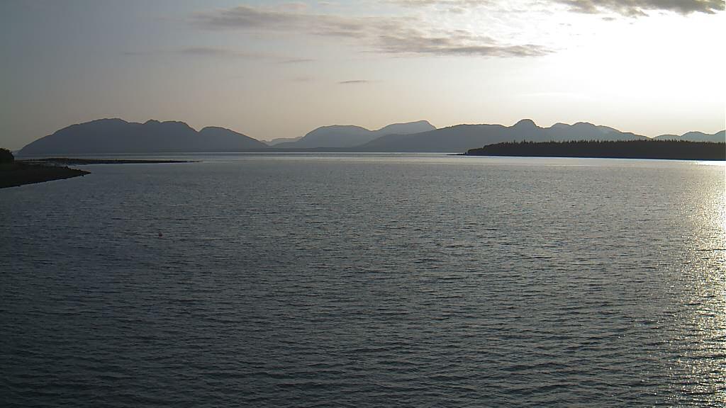 Webcam Glacier Bay National Park and Preserve › West: Uni