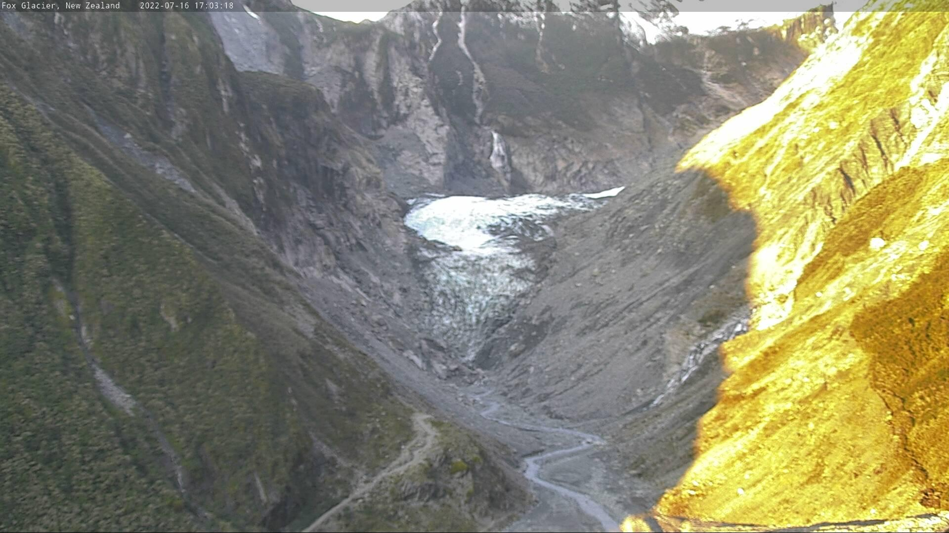 Webcam Fox Glacier › East: Valley and Snowfields