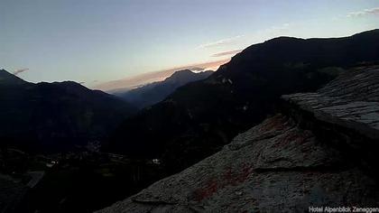 Zeneggen › Nord-Ost: Hotel Alpenblick - Berner Alpen und Goms