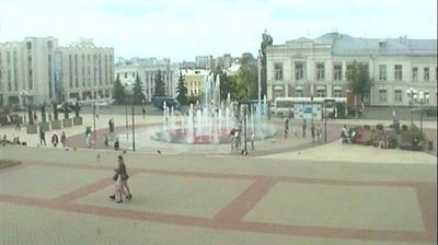 Владимир: Россия - Влад: Театральная площадь