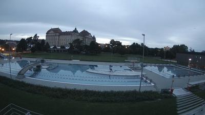 Значок города Веб-камеры в Зноймо в 2:59, окт. 20