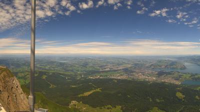 Tageslicht webcam ansicht von Mount Pilatus: Pilatus Kulm − Bürgenstock − Lucerne − Lake of Lucerne − Rigi Kulm