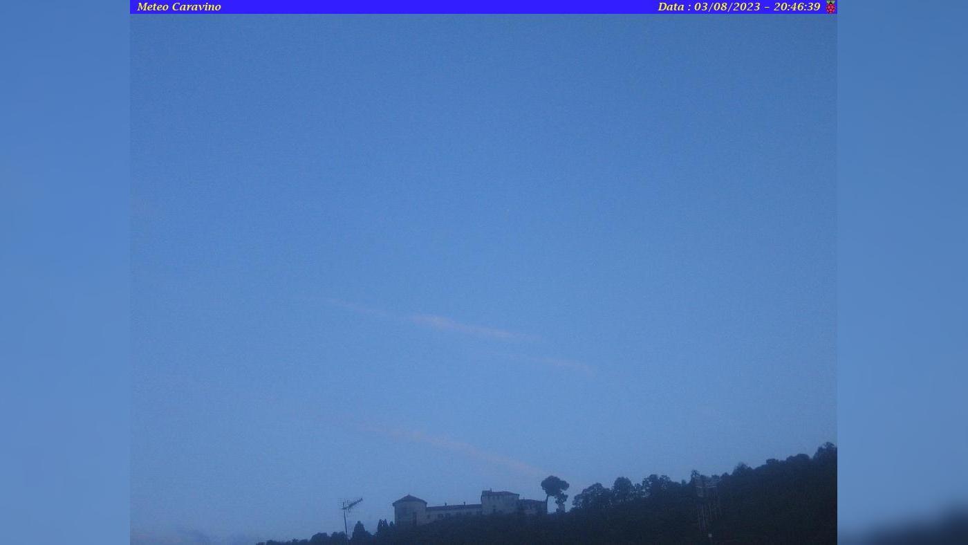 Webcam Caravino › South: FAI - Castello e Parco di Masino